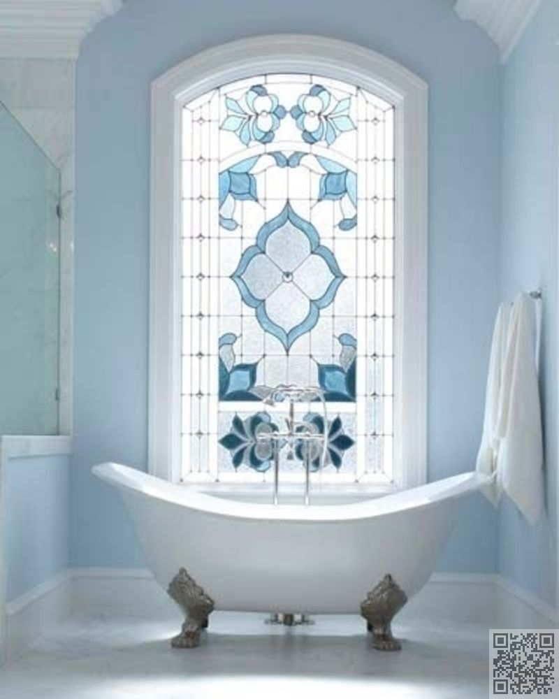 17. #Stained Glass #Window Setting - 30 Incredible Bath Tubs You ...