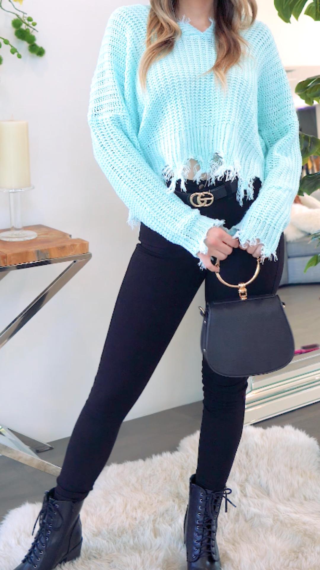 4 simple ways to style black jeans! #OOTD