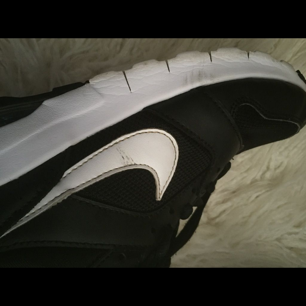 Nike Air Max Black/White