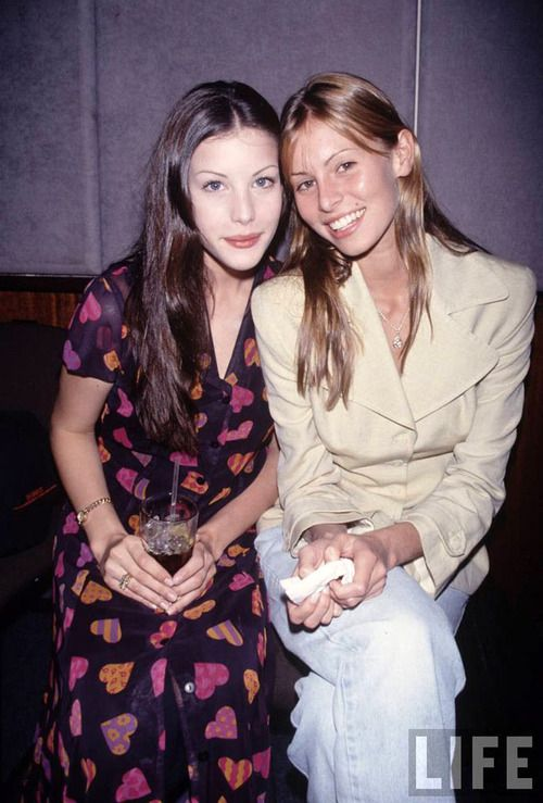 919f048cc67c Wow! A girlcrush twofer! Liv Tyler and Niki Taylor sometime during ...