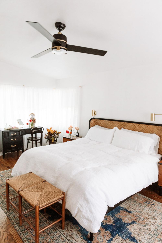 clean, crisp bedroomblack and white room in 2020 ...