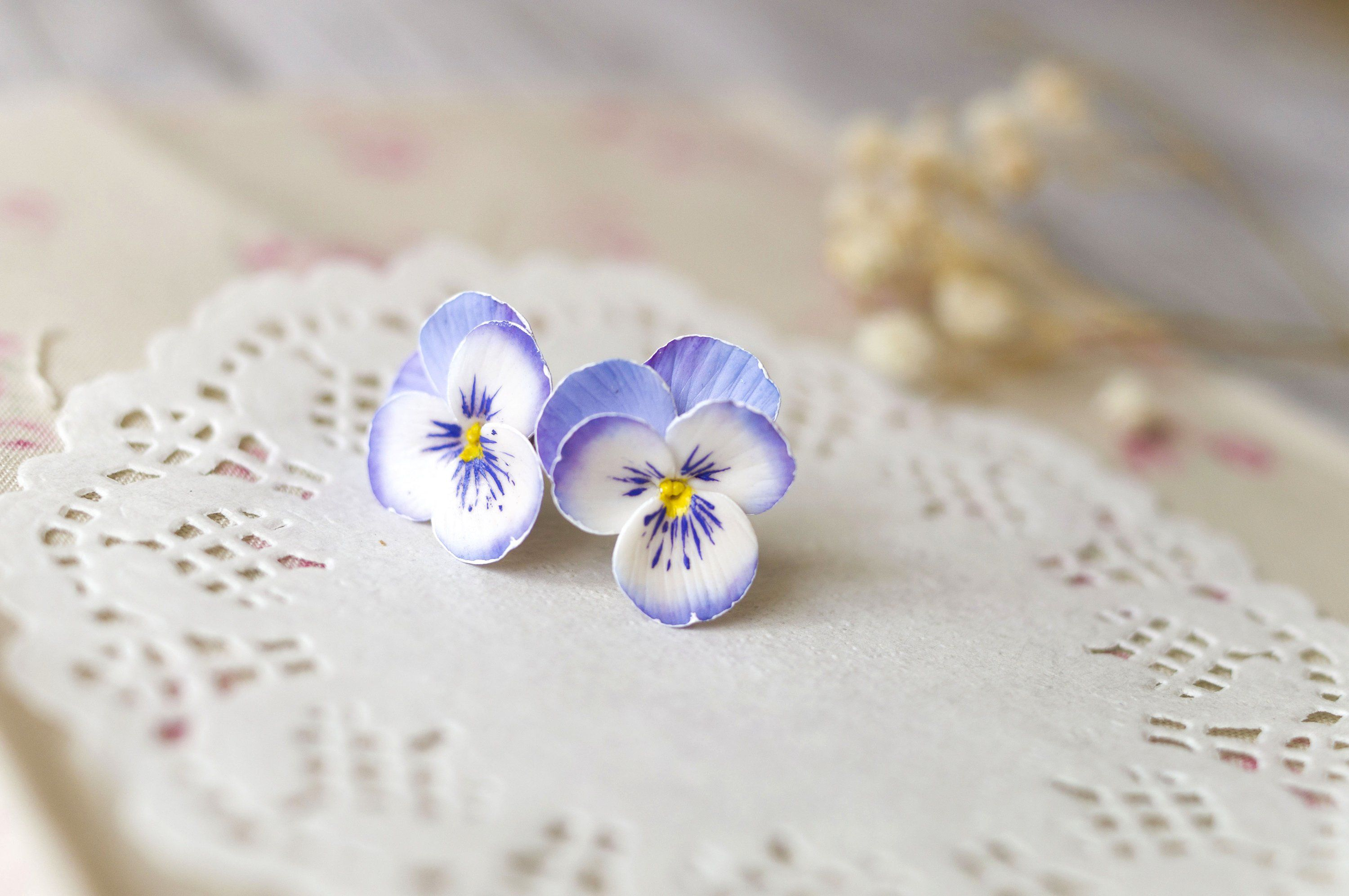 Pansy Lavender Earrings Flower Violet Studs Purple Pansy Etsy Lavender Earrings Pansies Purple Pansy