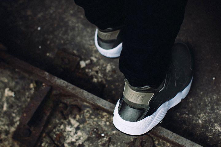 SBTG for HYPEBEAST Nike Air Huarache AWOL Camo. http://www.thedailystreet