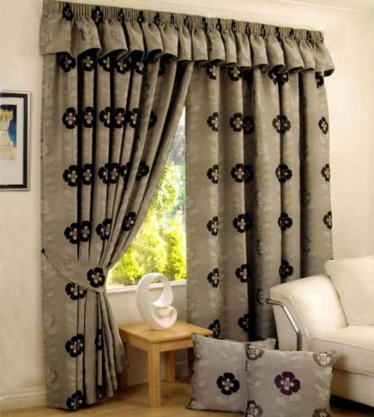 Living Room Curtains: 15 New Styles To Experiment With