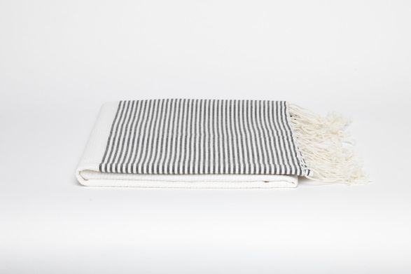 fouta solid color thin stripes towel ++ scents & feel
