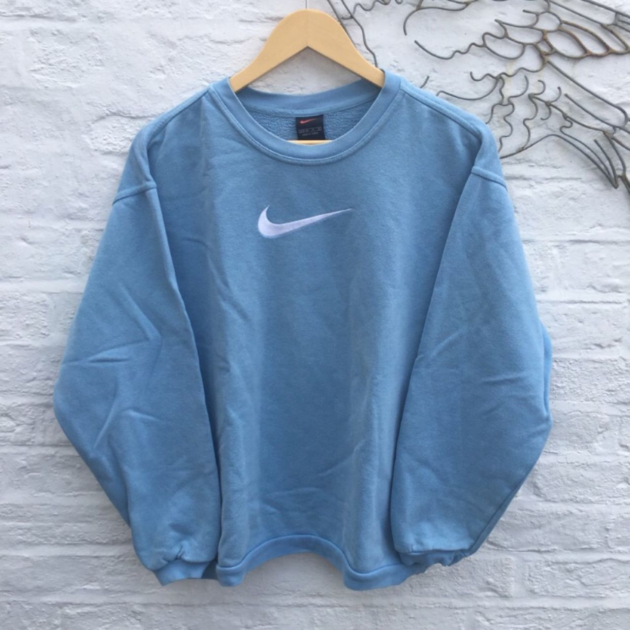 Pin By Tesselvantuil On Style Vintage Nike Sweatshirt Clothes Comfy Outfits [ 1280 x 1280 Pixel ]