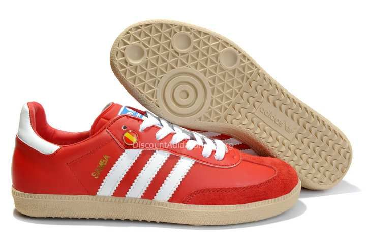 Mens indoor soccer shoes