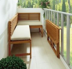 Balkon-Möbel - Sandra R #smallbalconyfurniture