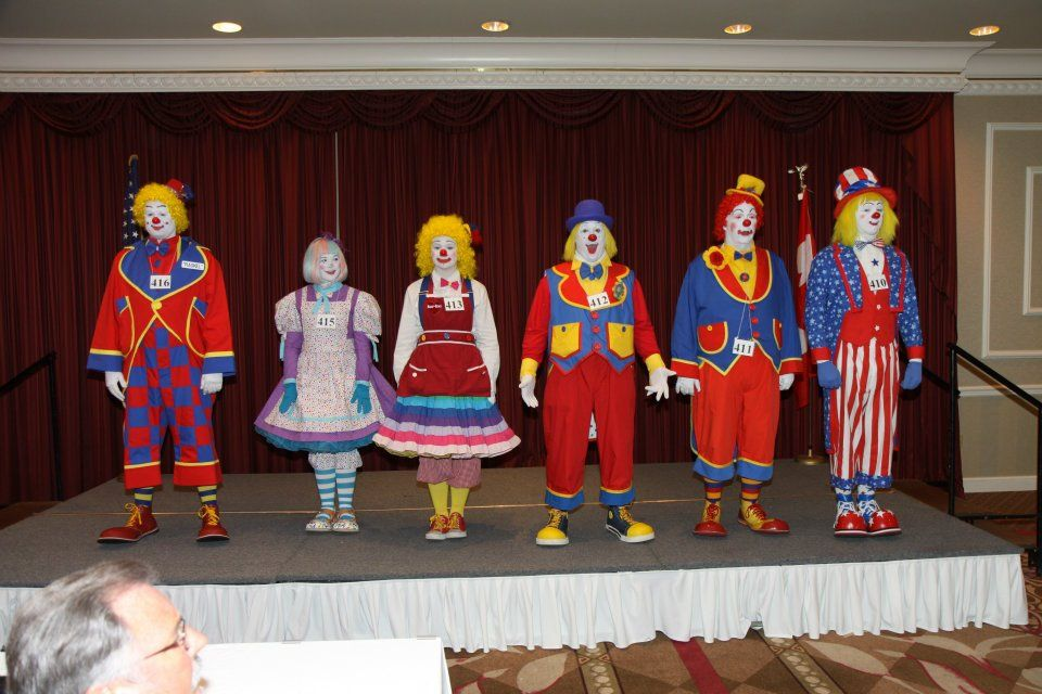 Clowns Picture From Ted H Jacobsen Facebook Em 2019