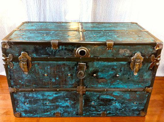 antique trunks vintage trunks antique metal vintage metal trunks ...