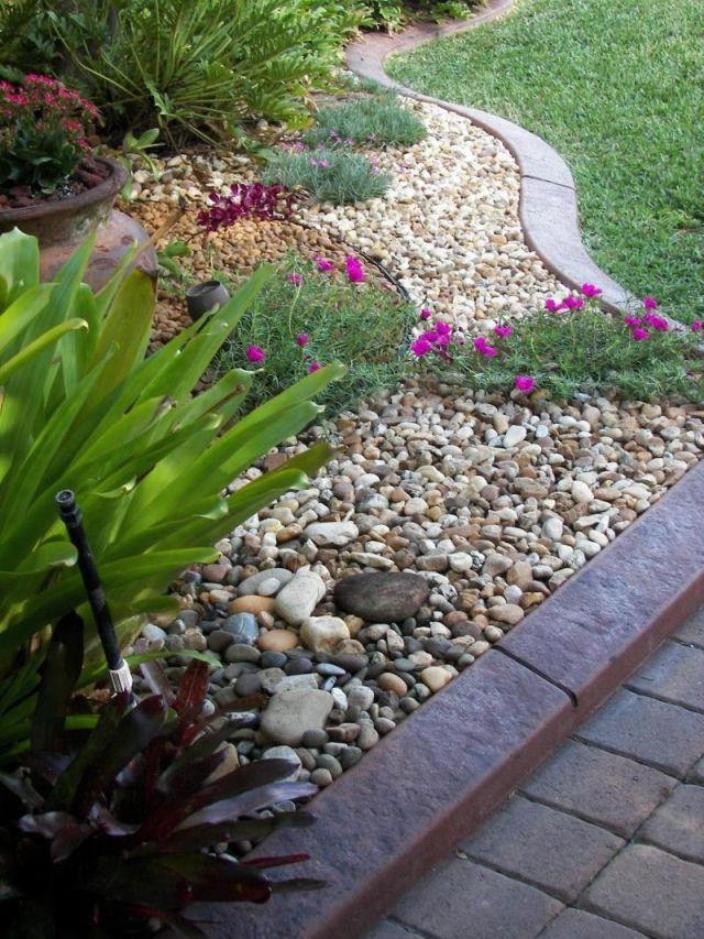 Gartengestaltung Steinen Ideen Kies Verschiedene Farben Bodendecker