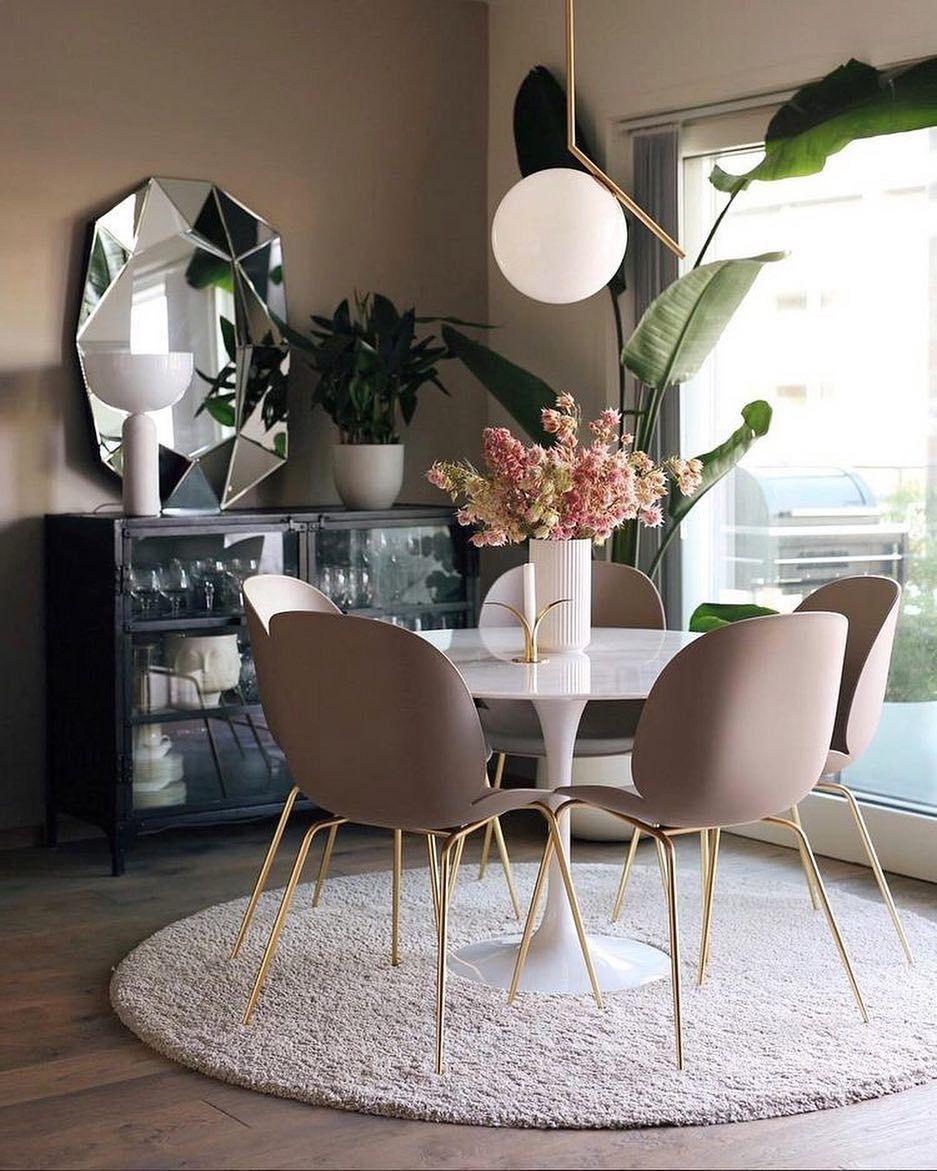 Loving The Romantic Blush Tones Pinterest Diningroominspo Tuliptable Interiordesign H Dining Room Small Farmhouse Dining Rooms Decor Dining Room Design