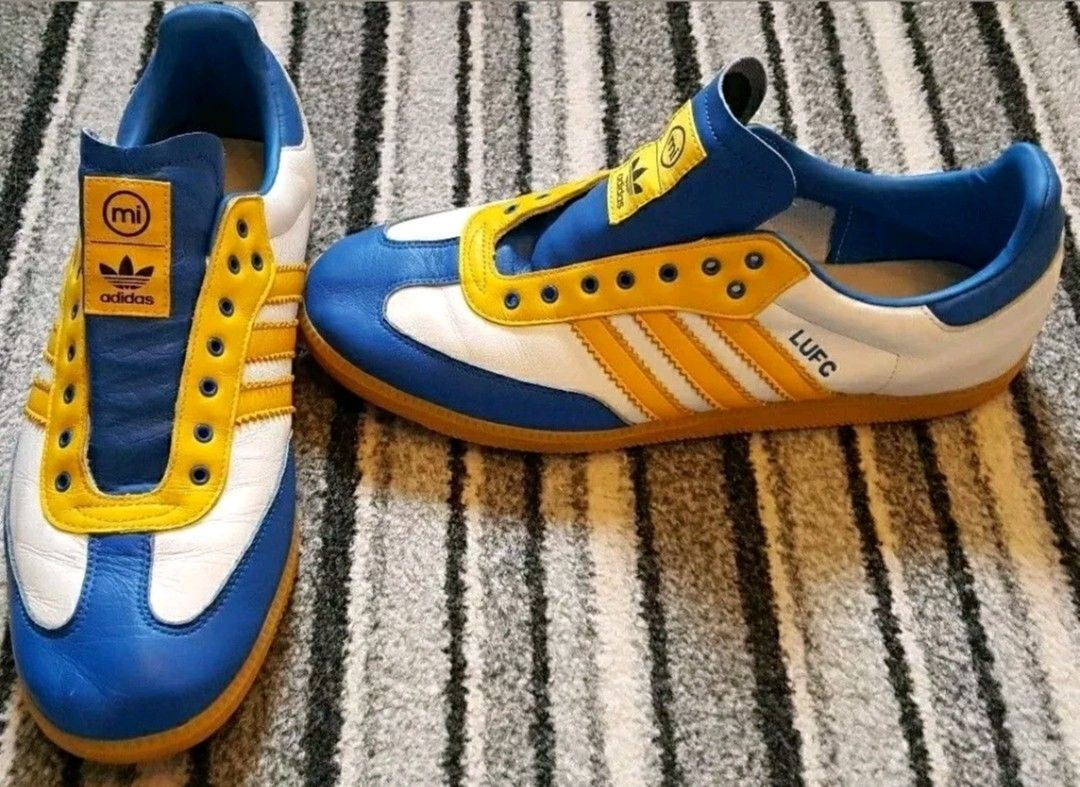 huge discount 5197f e2814 Samba  Leeds United  custom made adiporn Szamba, Adidas Originals, Terasz,  Tornacipők