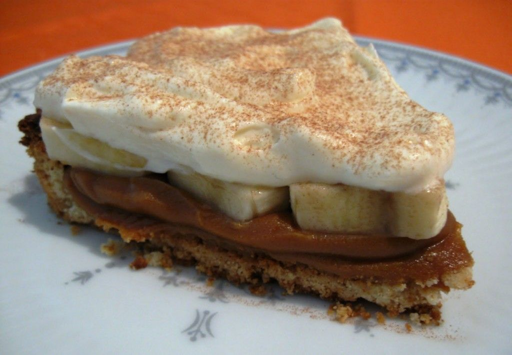 Receta de tarta de bananas, dulce de leche y crema