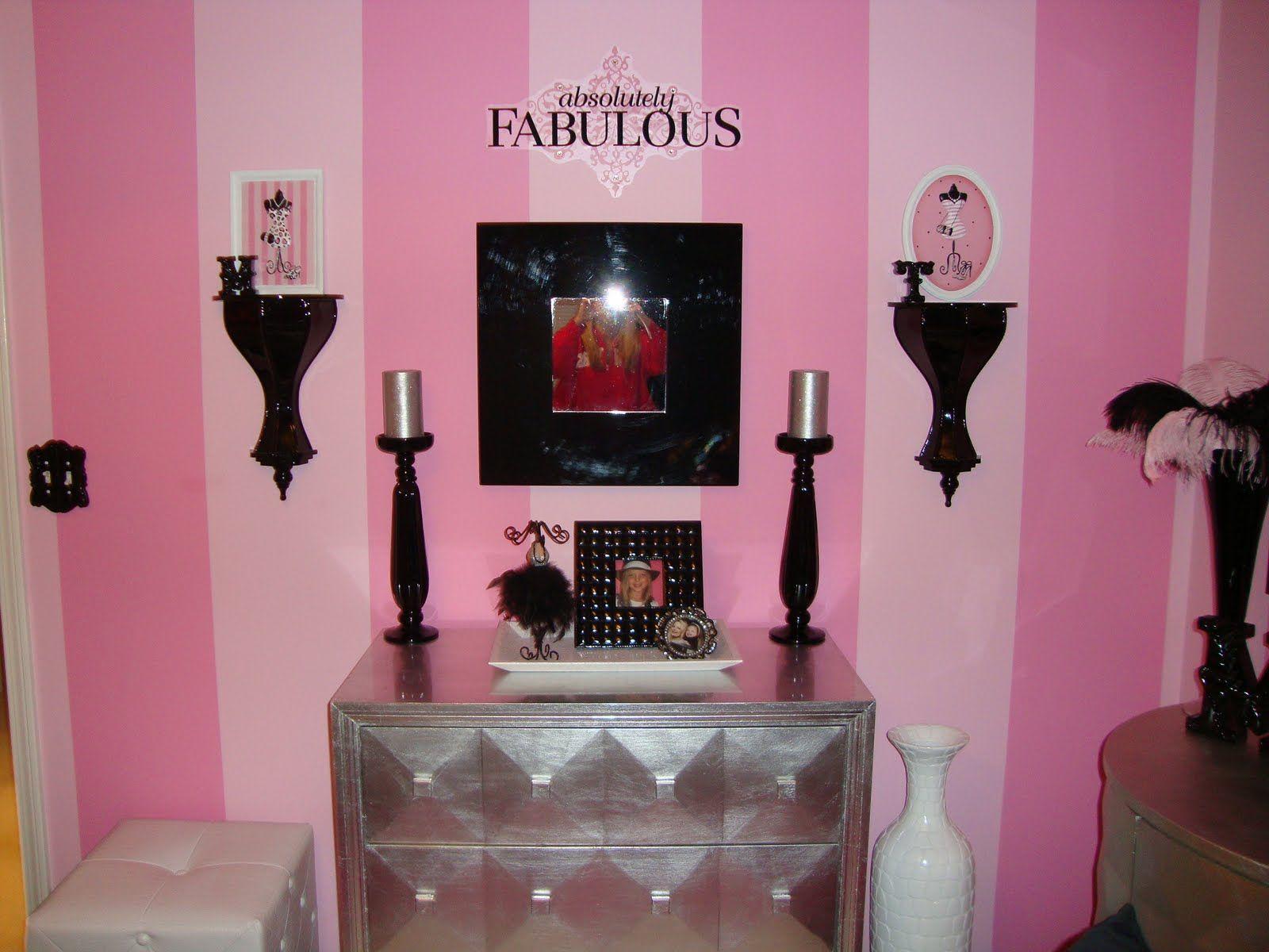 Bianco E Nero Decorating Theme Bedrooms