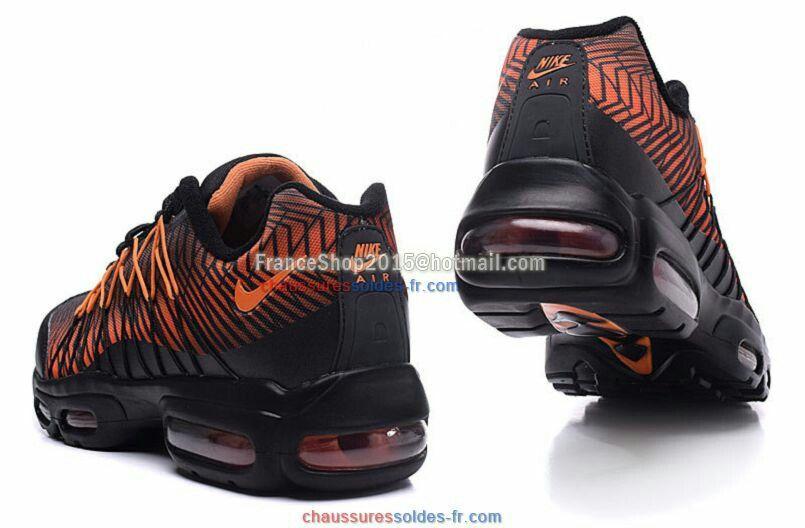 Épinglé par Alysson Boudeau sur chaussures   Pinterest   Chaussure ed6db4119ffa