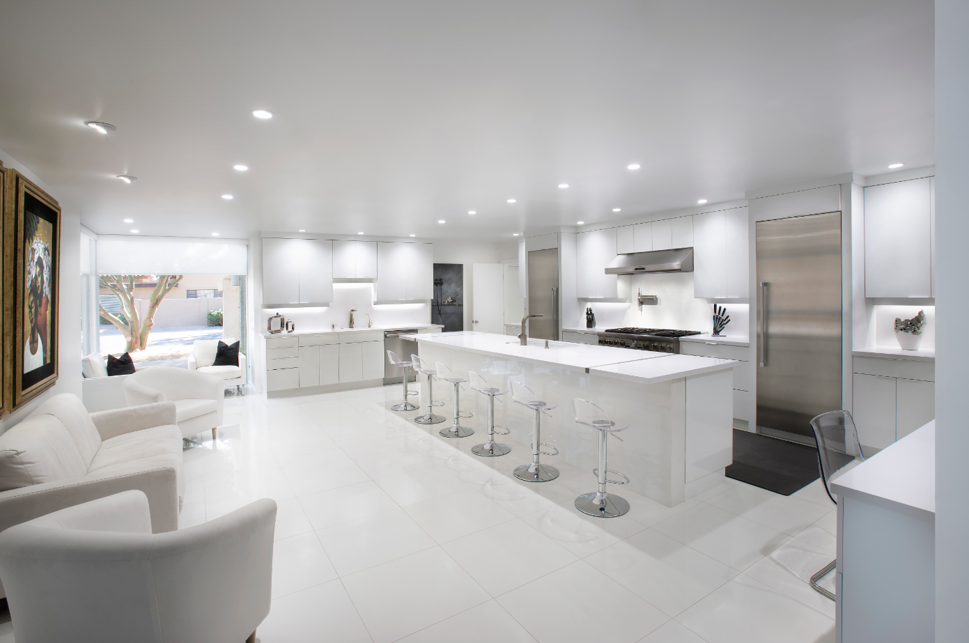 Ultra Modern White Kitchen Adds Glamour And Elegance To Your Home