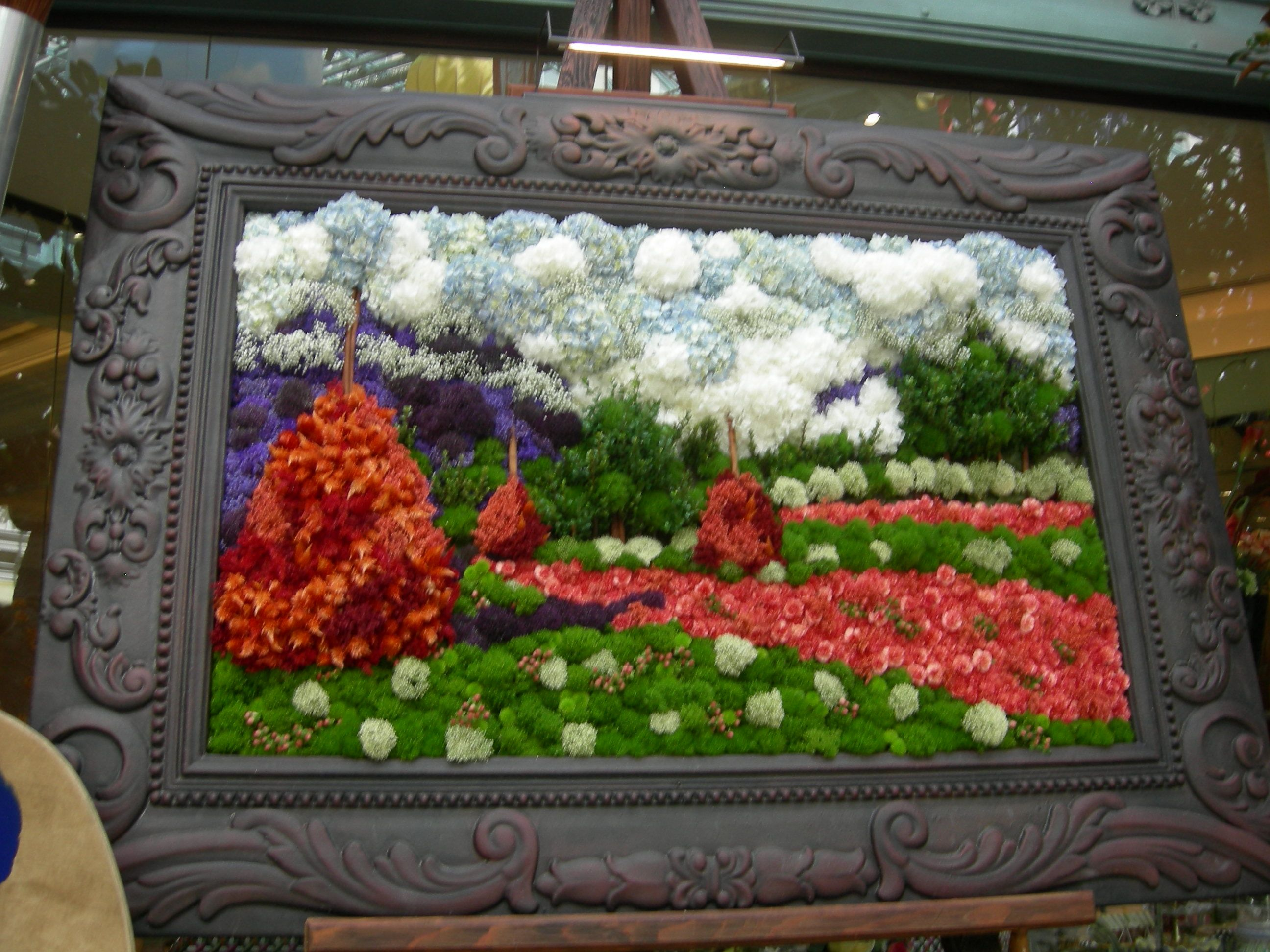 This picture is made of nothing but flowers....it was at the conservatory...I believe at the Bellagio in Vegas...I took the pic.