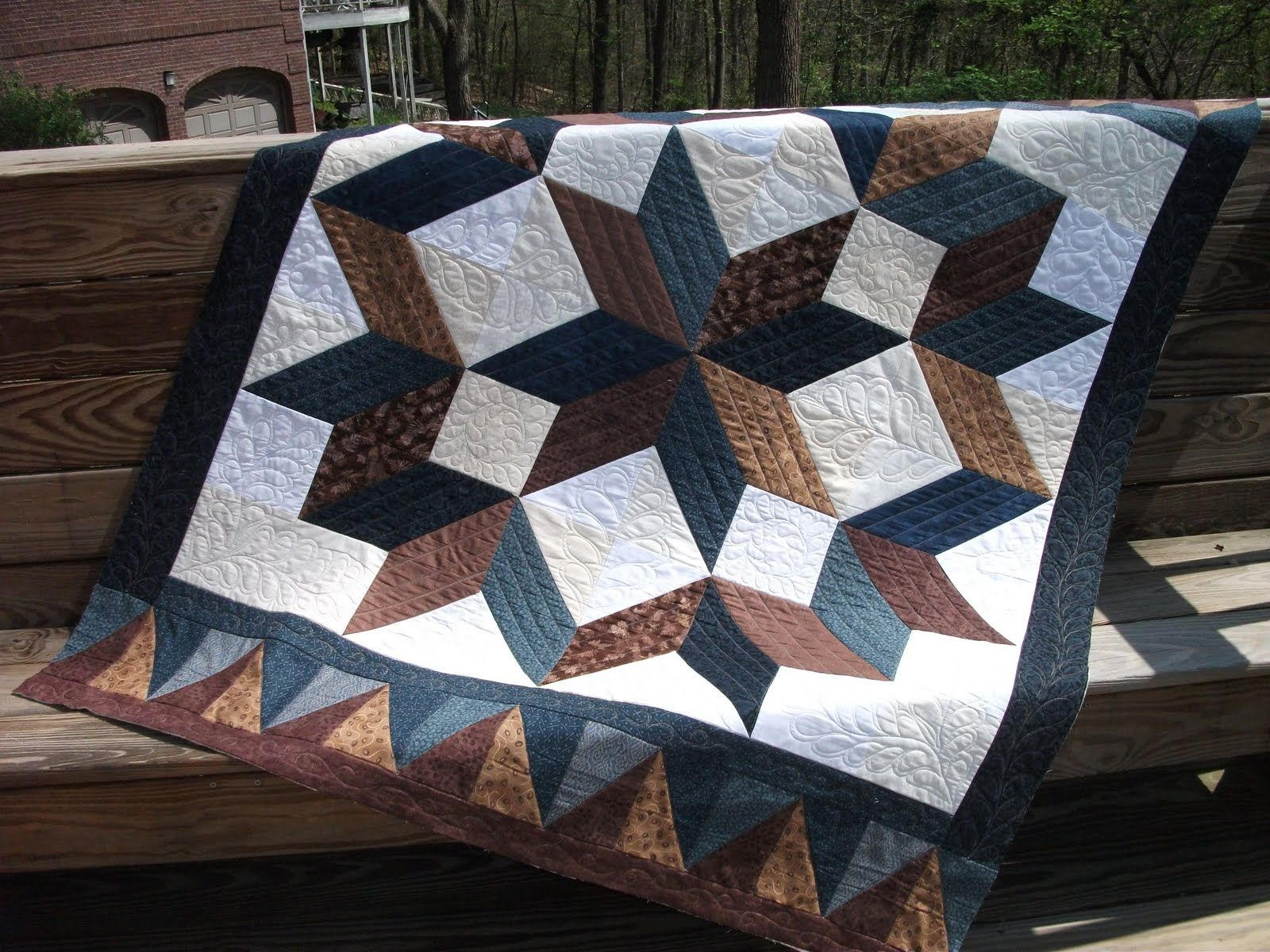 Free 3 Yard Quilt Patterns Really like the quilting Carpenter Star ? Quilts Pinterest ...