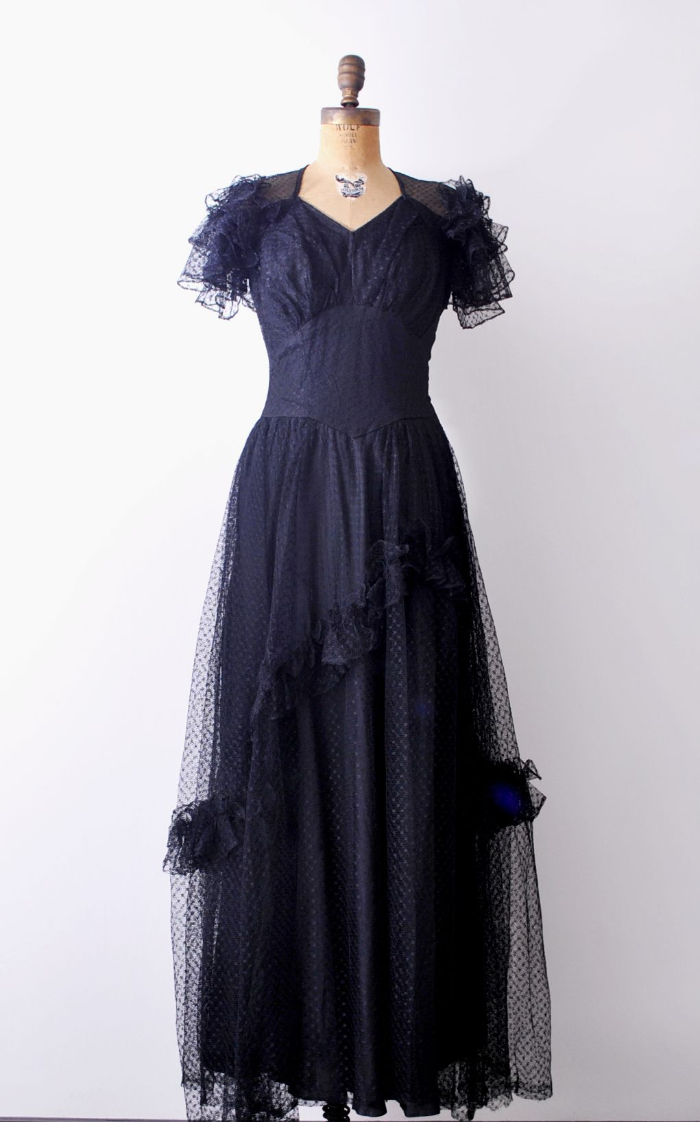 1940s Black Gown M 40 Tulle Dress Ruffled Sleeves Sheer Etsy Dresses Tulle Dress Black Gown [ 1636 x 1021 Pixel ]