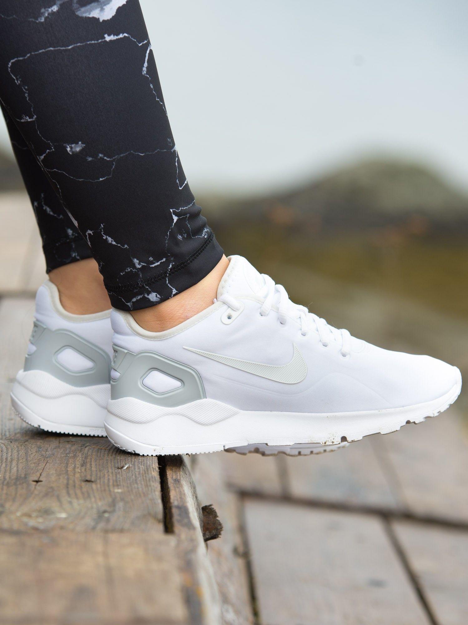 Nike Performance Damen Sneaker LD Runner Low SE: