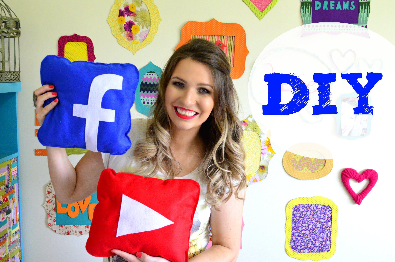 DIY Almofada Youtube e Facebook