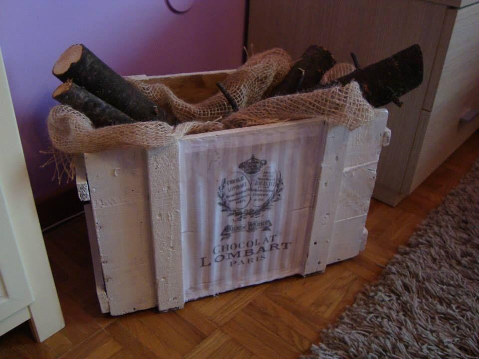 Porta legna con una vecchia cassetta del vino made by me - Cassetta portalegna ...