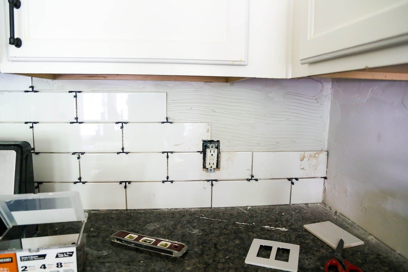 Do you have a kitchen in need of a new backsplash? This