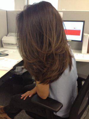 Haircut And Color Frisuren Kapsel Lang Haar Laagjes Haar Und