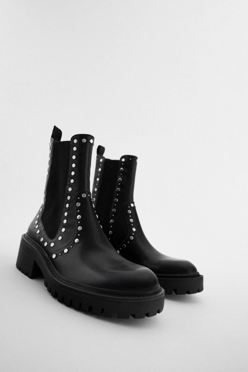 FLAT STUDDED ANKLE BOOTS WITH TRACK
