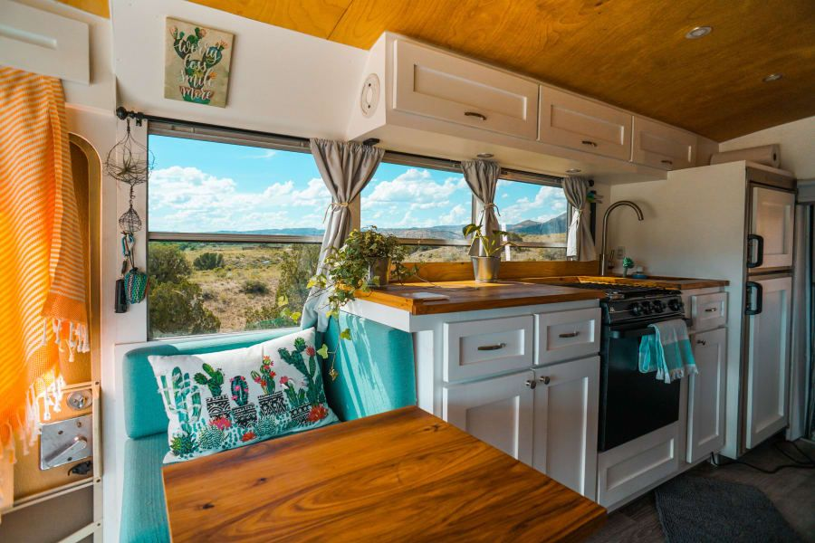 1989 chevrolet other motor home class b rental in seattle