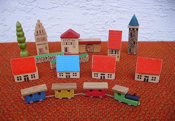 Antique Erzgebirge Village and Box