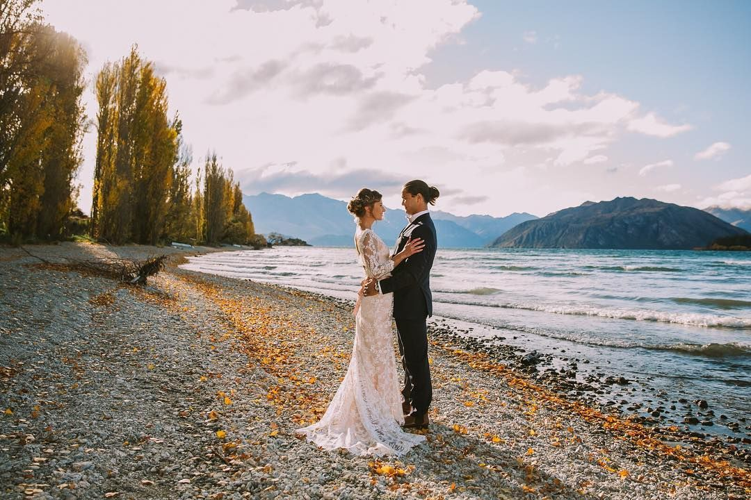 """Wanaka wedding photographer Fredrik Larsson (@larssonphotography) on Instagram: """"Down by the lake in autumn"""