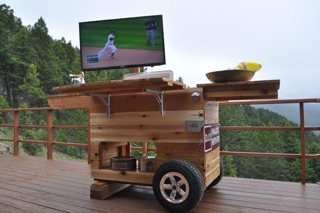 Für die nächste Gartenparty. Eine Party Station von DIY Pete. #diy #doityourself #partystation