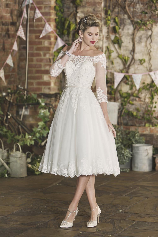 Valentina Bardot Wedding Dress Short Wedding Dress Wedding Gown Styles [ 1500 x 1000 Pixel ]