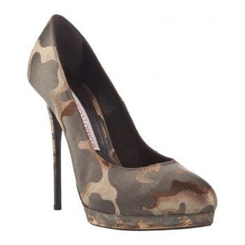 I have everything else in camo - need these too! (Size 9!)