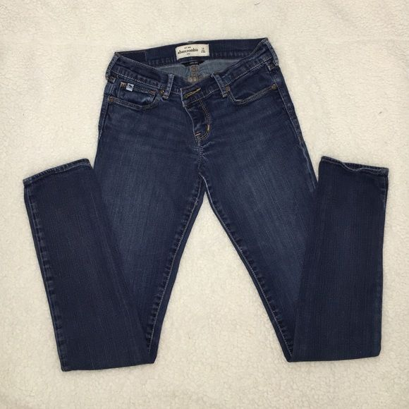 Dark Washed A&F Skinny Jeans Size 14 in kids sizes but fits a regular size 0. They have a comfortable skinny fit and are a perfect staple pair that every girl should own! Abercrombie & Fitch Pants Skinny
