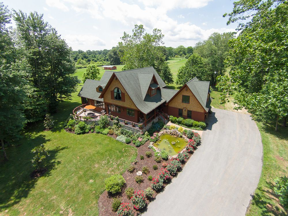 Carol Synder Group Harmony Acres Estate is a stunning
