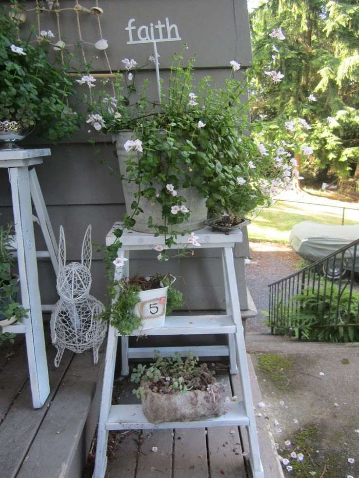 bricolage de jardin tag re porte plantes en vieil. Black Bedroom Furniture Sets. Home Design Ideas