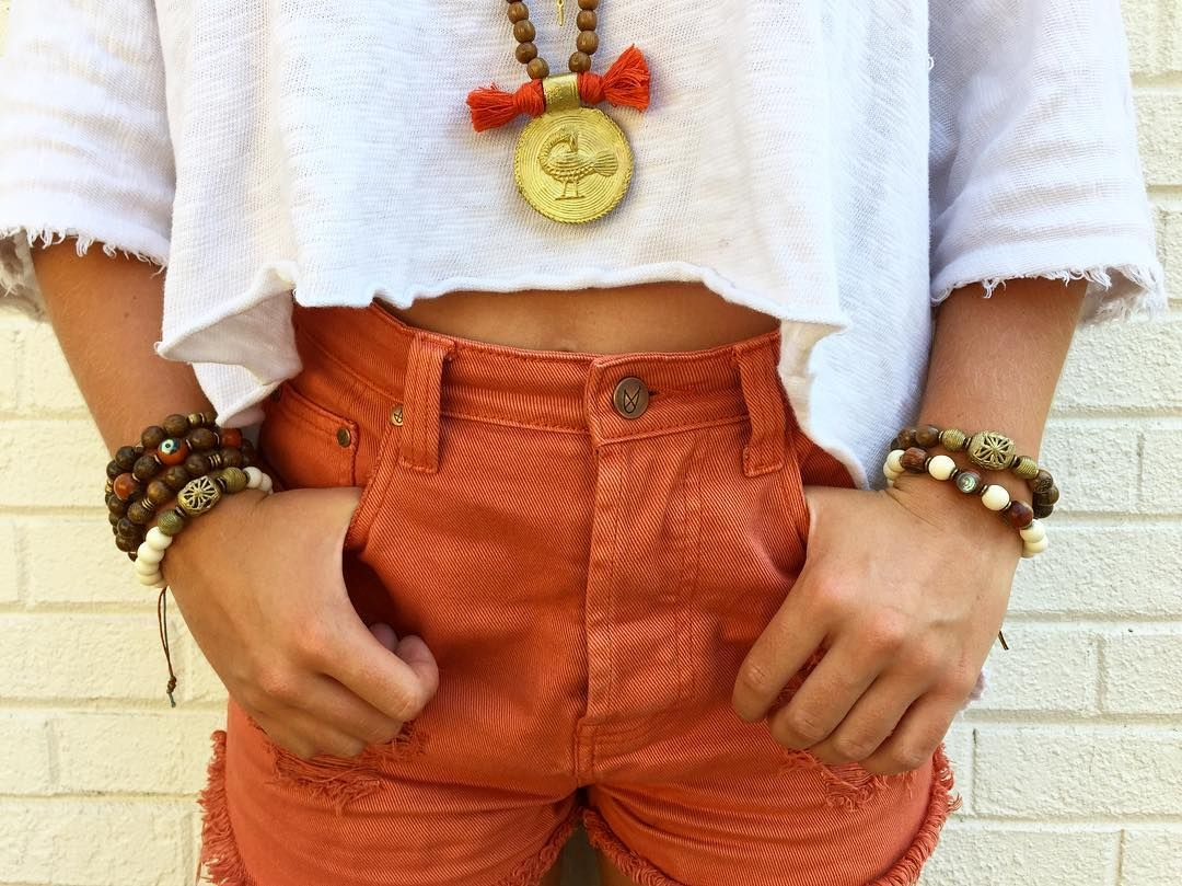 #armstack #bracelet #jewelry #stackem #fall2016 #fall #minkpink #urbanoutfitters #uo #fashion #style #boho #bohostyle #pendants #handmade #fallready