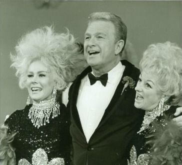 Eve Gabor & Eddie Albert guest on one of Phyllis Dillers variety specials.......................For more classic 60's and 70's pics please visit my Facebook Page at https://www.facebook.com/pages/Roberts-World/143408802354196