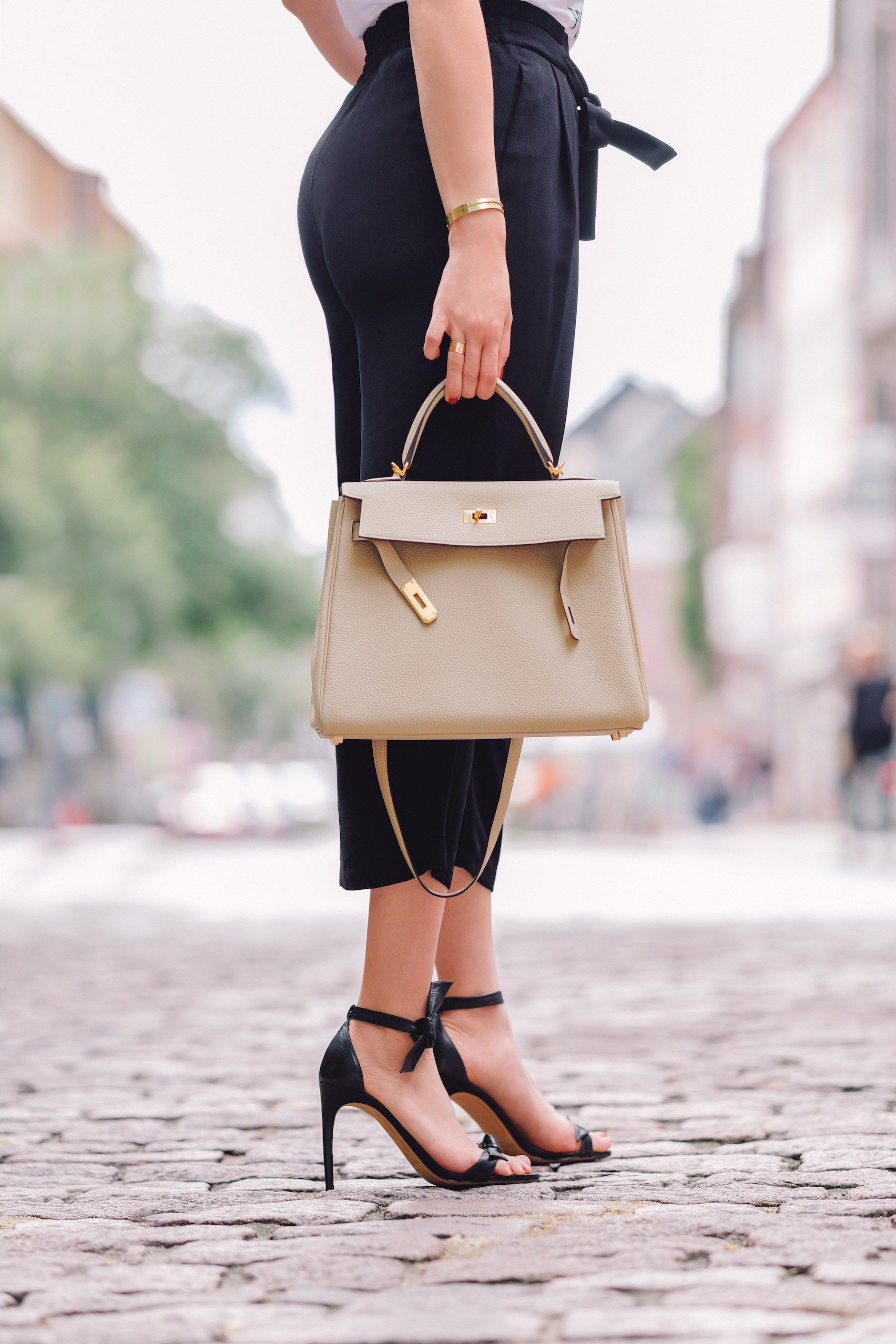 a2b5a8aa2782 Hermès Kelly Bag (size 32