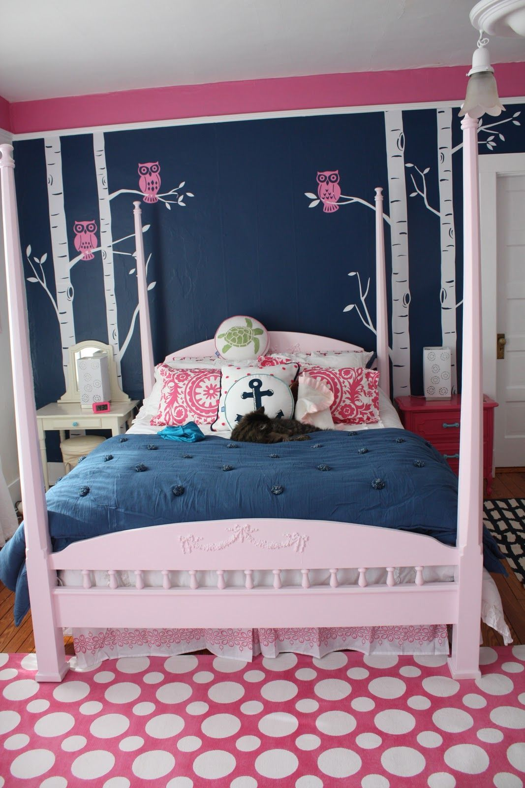 Navy Pink Teen Girls Room Like The Colors But Not Style