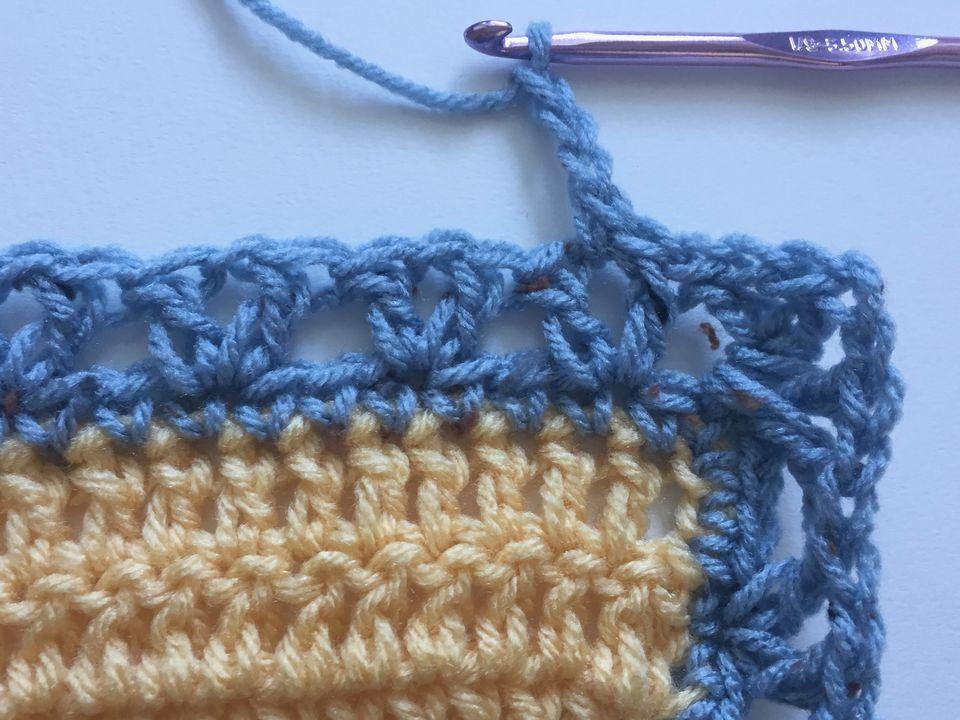 Excepcional Crochet Patrón Manta Ribete Festooning - Manta de Tejer ...