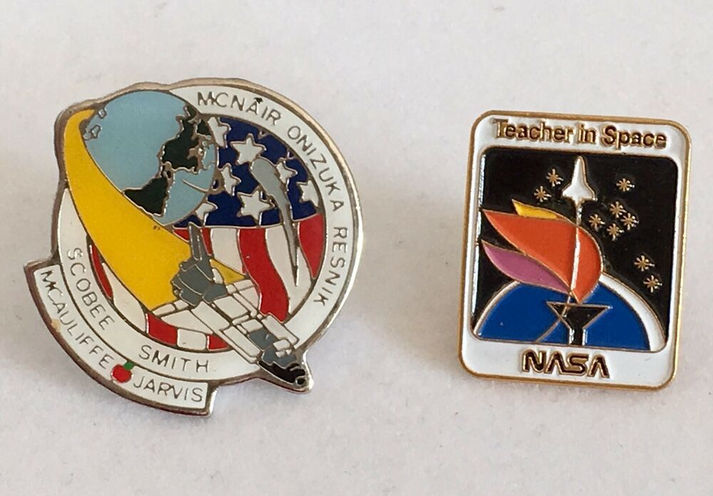 Space Shuttle Pewter Lapel Pin Badge