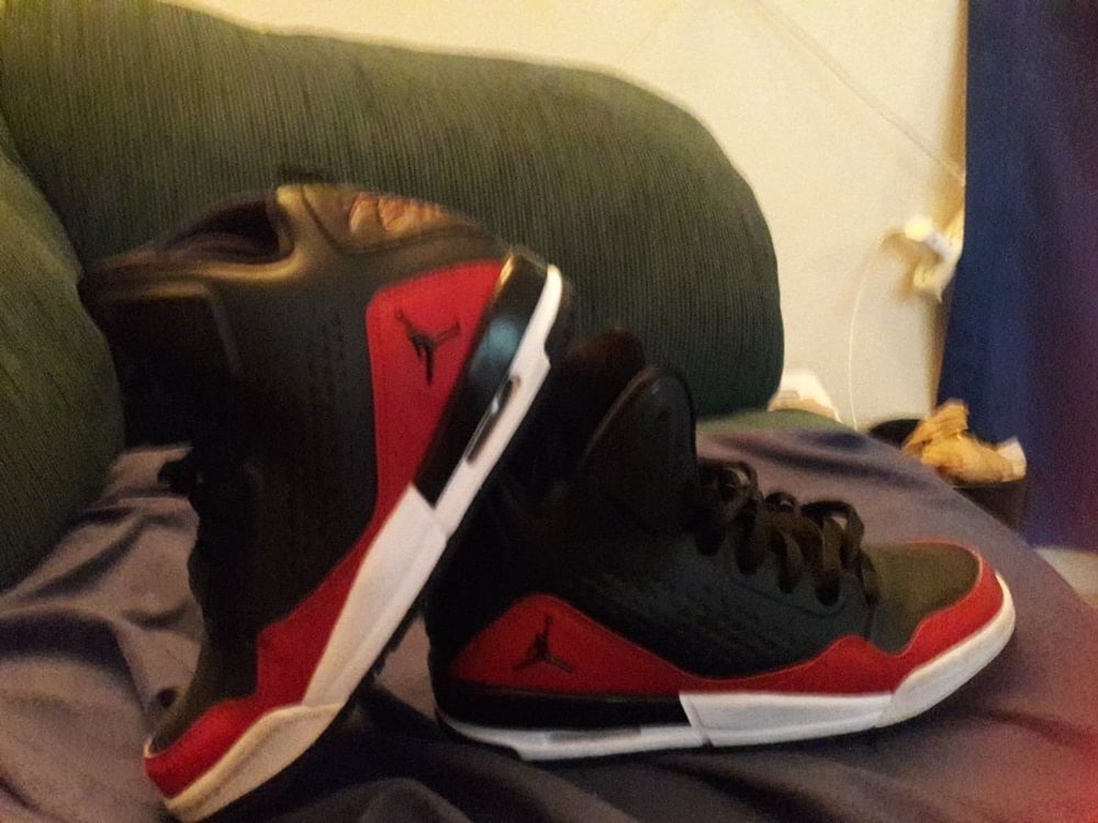 Nike Air Jordan Flight Tradition Gs Black White Gym Red Sz 4 5