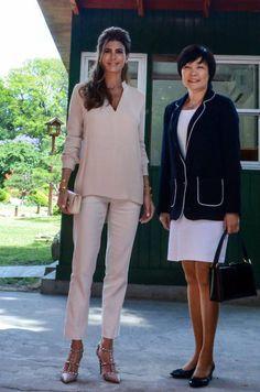 Juliana Awada visita España: los looks con los que podría dejar KO a la  Reina