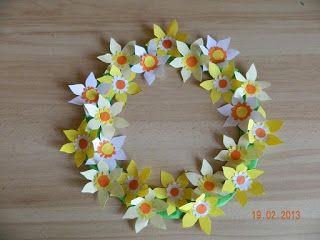 Idei Fermecate Coronite Cu Flori Decoratiuni Din Hartie