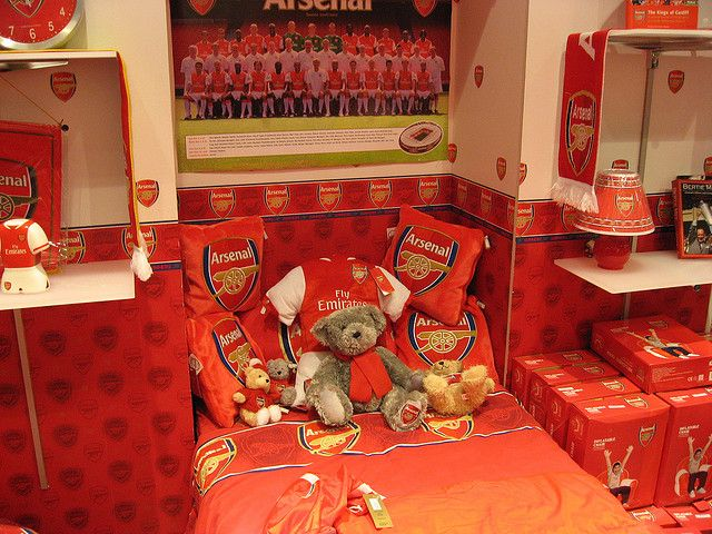 Trikots Ausnehmender Hasslichkeit Arsenal London Kids Bedroom Furniture Sets Cool Bedrooms For Boys Contemporary Room