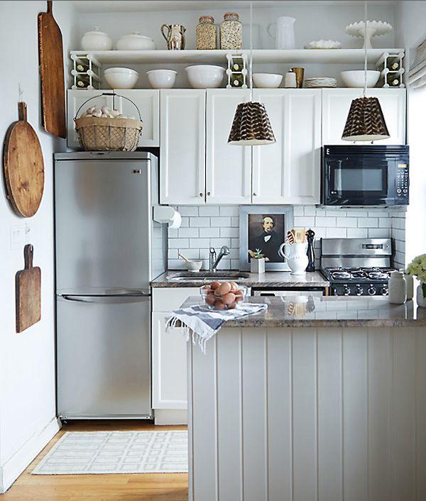 35 id es pour am nager une petite cuisine petite cuisine de nos jours et en ville. Black Bedroom Furniture Sets. Home Design Ideas